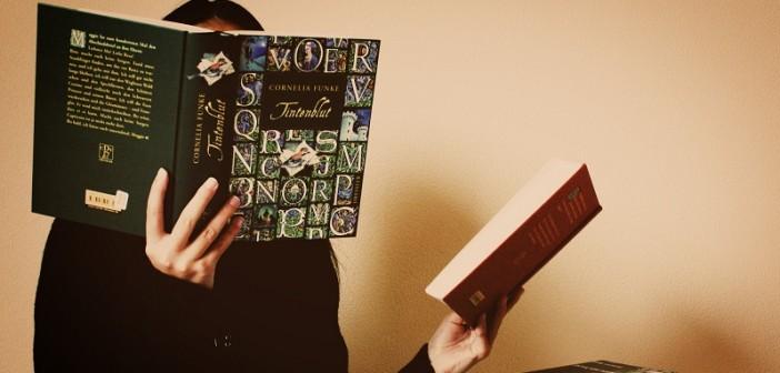 lendo_dois_livros