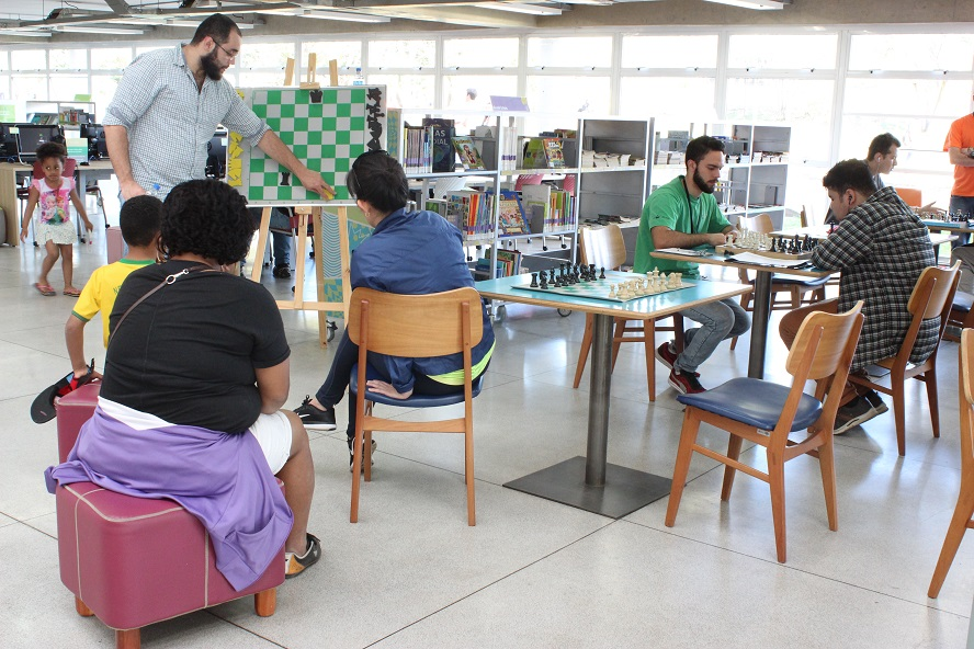 02.09 - Oficina Xadrez - Equipe SP Leituras 1