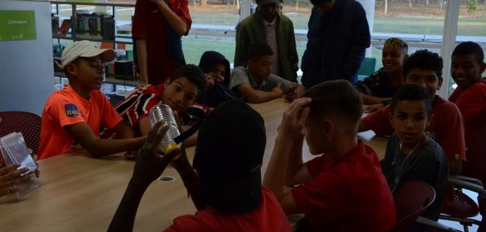 Batalha de perguntas marca atividade sobre futebol
