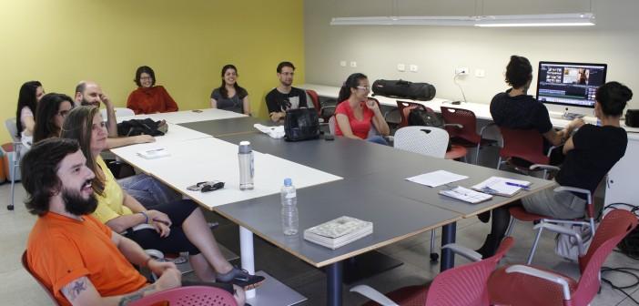 21.12 - Oficina Produção Audiovisual para Internet - Equipe SP Leituras 1