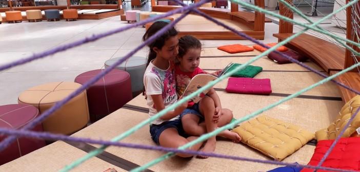 Laura e Agnes. Foto: Equipe SP Leituras.