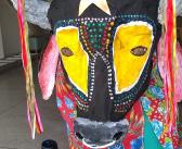 Festa popular toma conta da Oca: veja como o boi bumbá foi construído