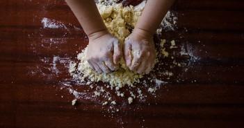 dough-923037_960_720