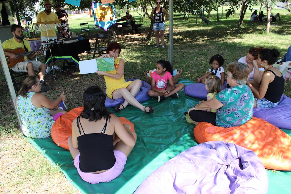 21.04 - Domingo no Parque - Cia Duo Encantado - Equipe SP Leituras 3