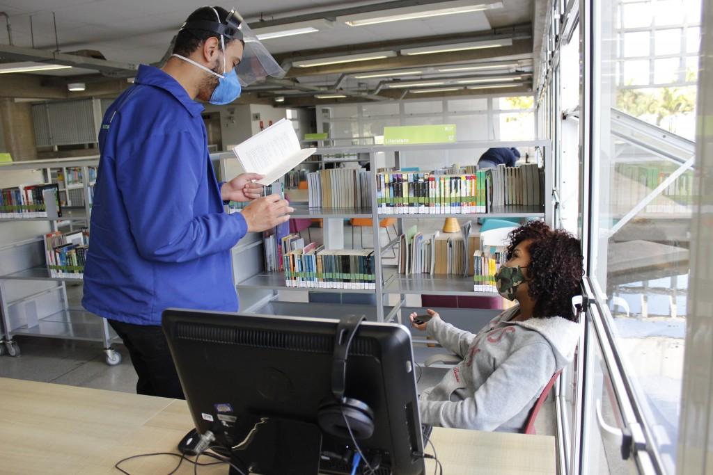 Leitura ao Pé do Ouvido. Foto: Equipe SP Leituras.